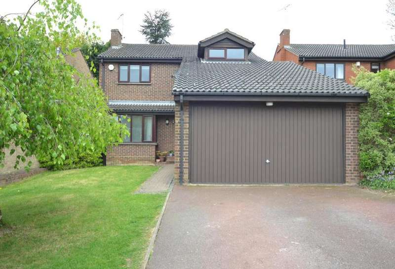 5 Bedrooms Detached House for sale in The Mount, Billericay, Essex, CM11