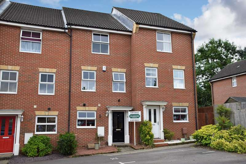 4 Bedrooms Town House for sale in FAREHAM