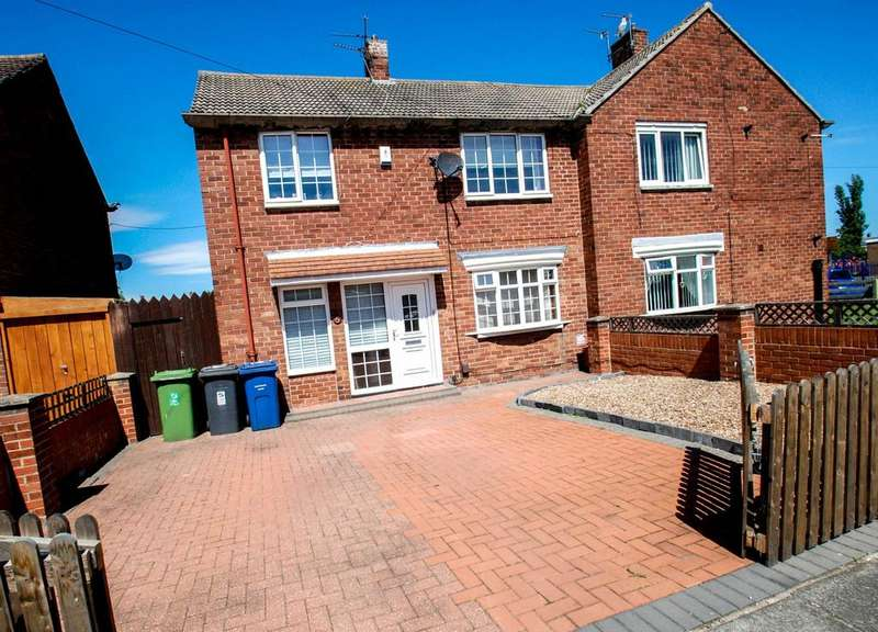 3 Bedrooms Terraced House for sale in Nash Avenue, South Shields