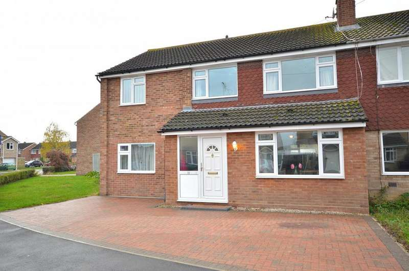 4 Bedrooms Semi Detached House for sale in Masefield Road, Maldon, Essex, CM9