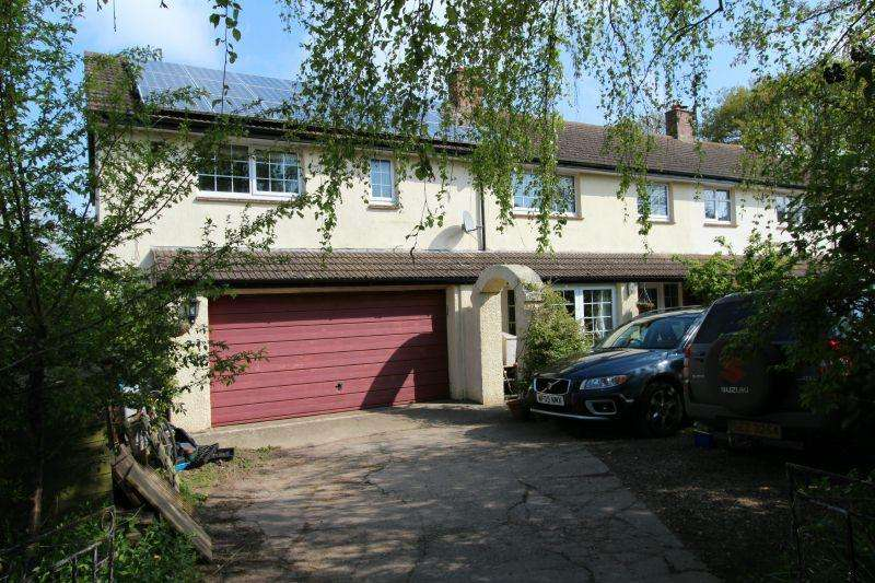 4 Bedrooms Semi Detached House for sale in WHIMPLE