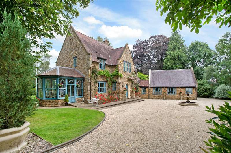 5 Bedrooms Detached House for sale in Fawsley, Daventry, Northamptonshire, NN11