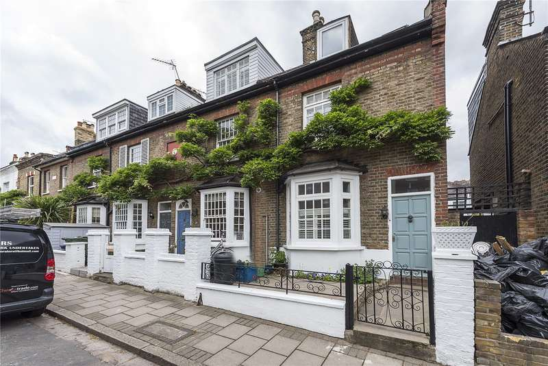 3 Bedrooms Terraced House for sale in Derby Road, London, SW14
