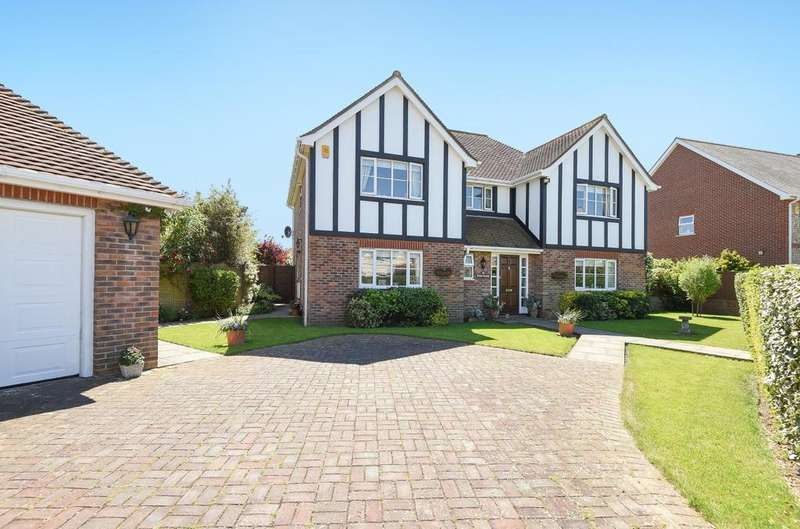 4 Bedrooms Detached House for sale in Crossbush Road, Felpham, Bognor Regis, PO22