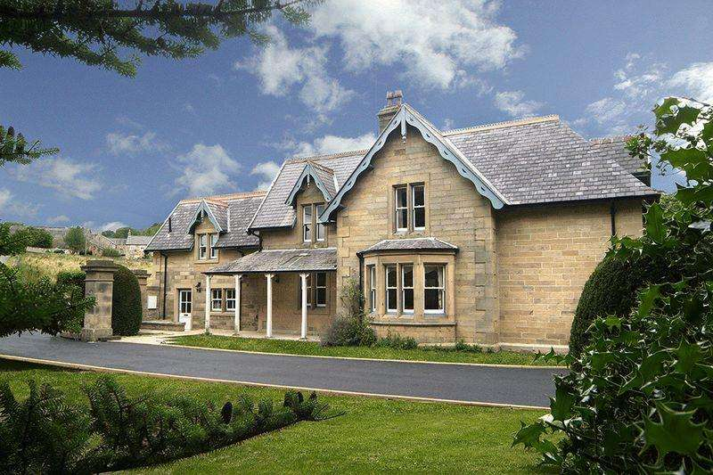 4 Bedrooms Detached House for sale in Brokenheugh Lodge, Haydon Bridge, Hexham