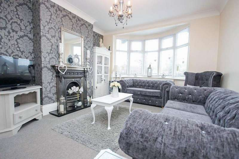4 Bedrooms Bungalow for sale in Hawthorn Road, IG9