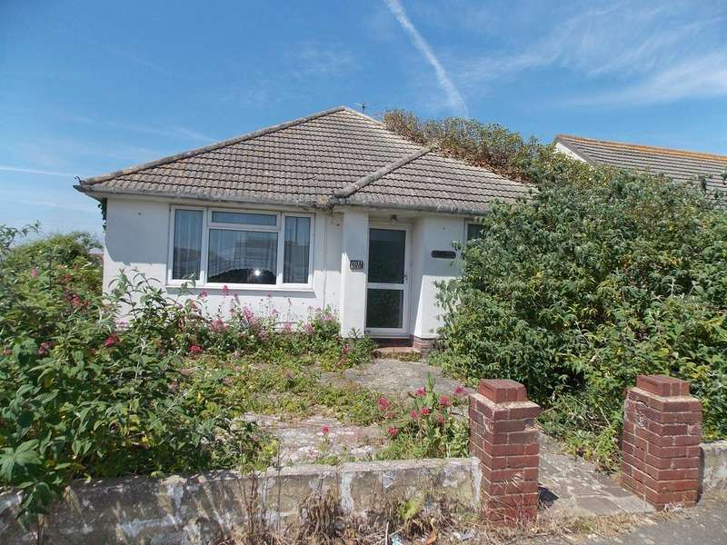 2 Bedrooms Detached Bungalow for sale in Phyllis Avenue, Peacehaven, East Sussex