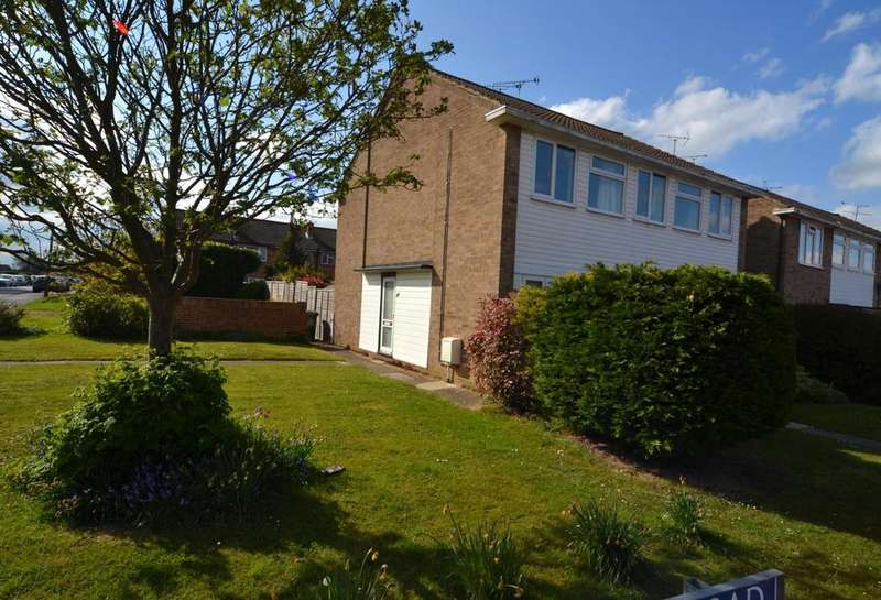 2 Bedrooms Apartment Flat for sale in Dukes Farm Road, Billericay, Essex, CM12