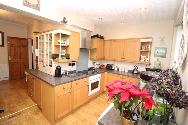 3 Bedrooms Semi Detached House for sale in Westgate Crescent, Darlington, DL3