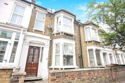 3 Bedrooms Maisonette Flat for sale in London