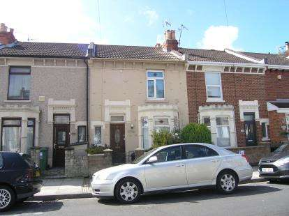 3 Bedrooms Terraced House for sale in Southsea
