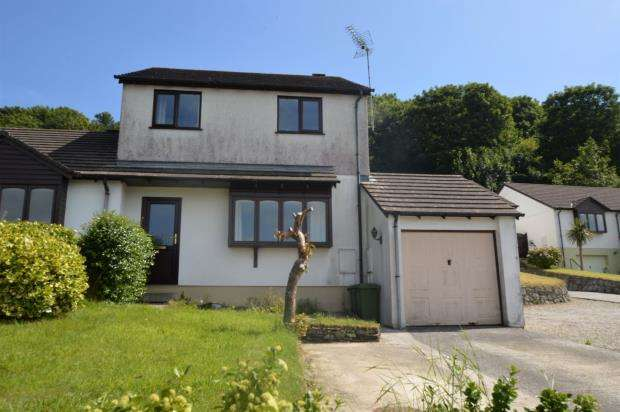 3 Bedrooms Link Detached House for sale in Furry Way, Helston, Cornwall