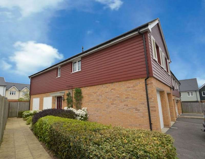 2 Bedrooms Flat for sale in Titchfield Common