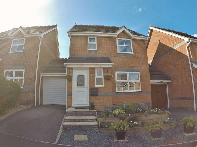 3 Bedrooms Detached House for sale in Portland Way, Calne