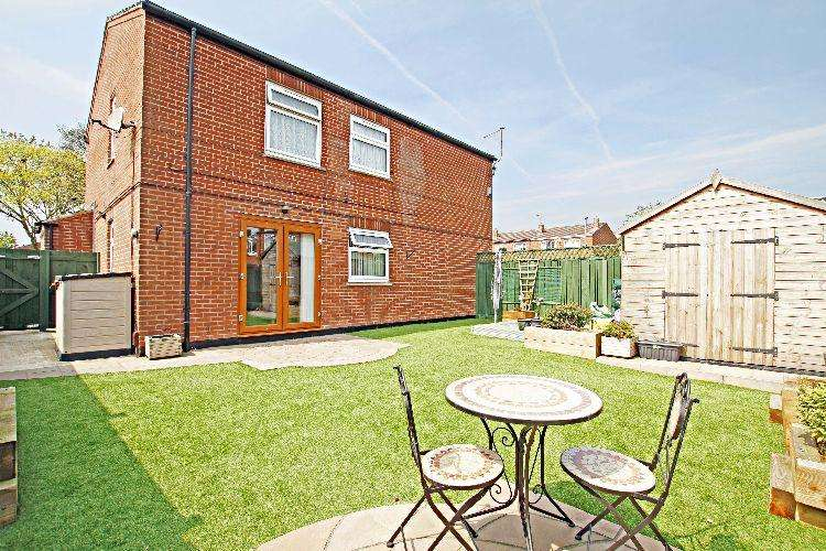 2 Bedrooms Ground Flat for sale in Greystones Road Rotherham South Yorkshire