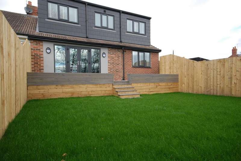 4 Bedrooms Bungalow for sale in The Green, Kibblesworth