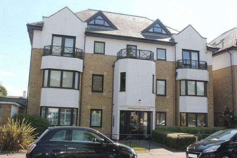 3 Bedrooms Maisonette Flat for sale in 121 Alexandra Road, Southend-on-Sea