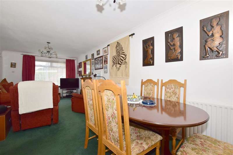 4 Bedrooms Detached House for sale in The Forge, Southwater, West Sussex