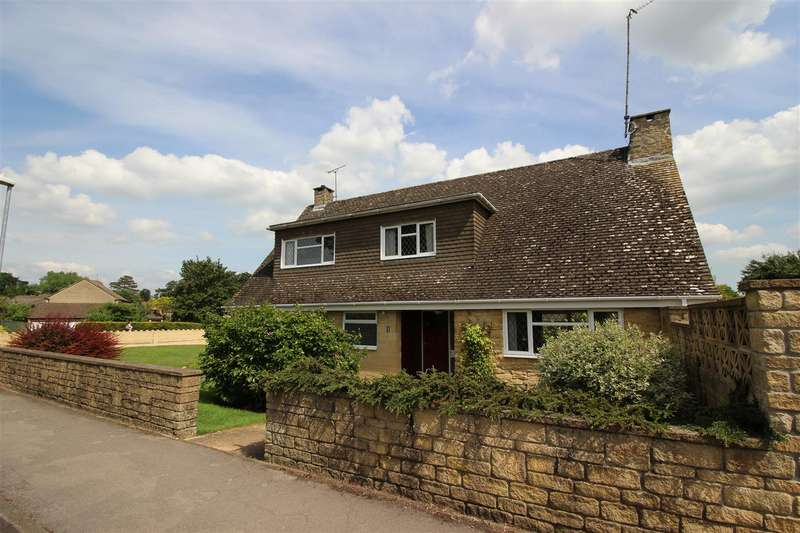 4 Bedrooms House for sale in Minster Way, Chippenham