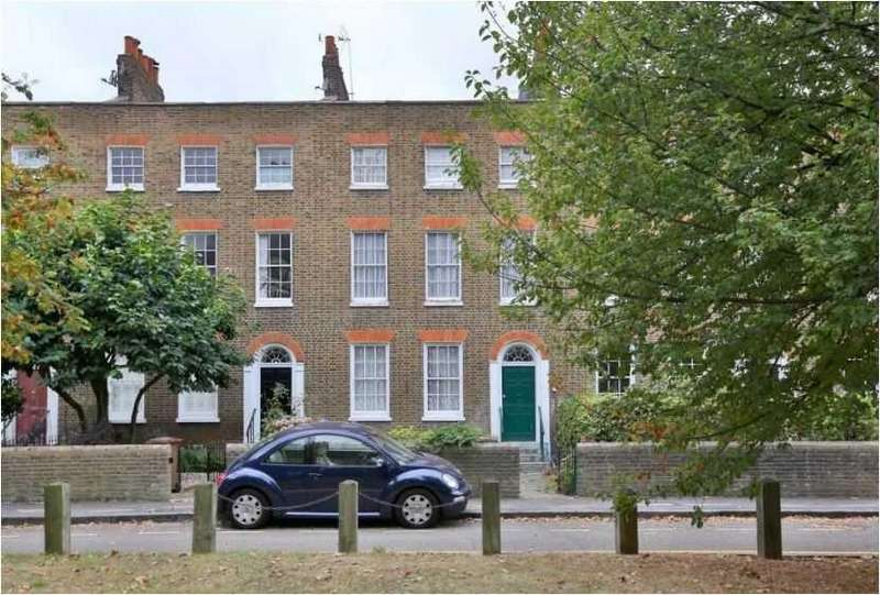 2 Bedrooms Apartment Flat for sale in Smalley Close,, Stoke Newington, London