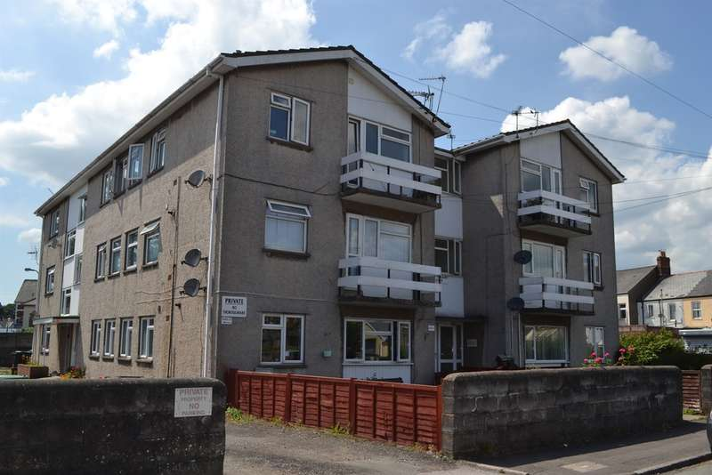 2 Bedrooms Flat for sale in Glan Y Nant Road, Cardiff