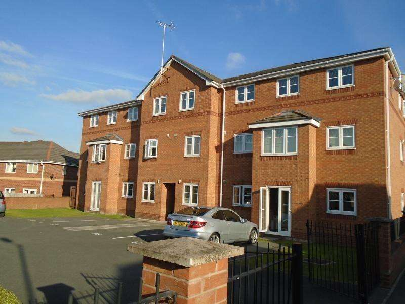 2 Bedrooms Apartment Flat for sale in Livingston Avenue, Woodhosue Park, Manchester