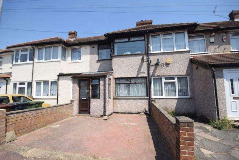 2 Bedrooms Terraced House for sale in Beam Avenue, Dagenham