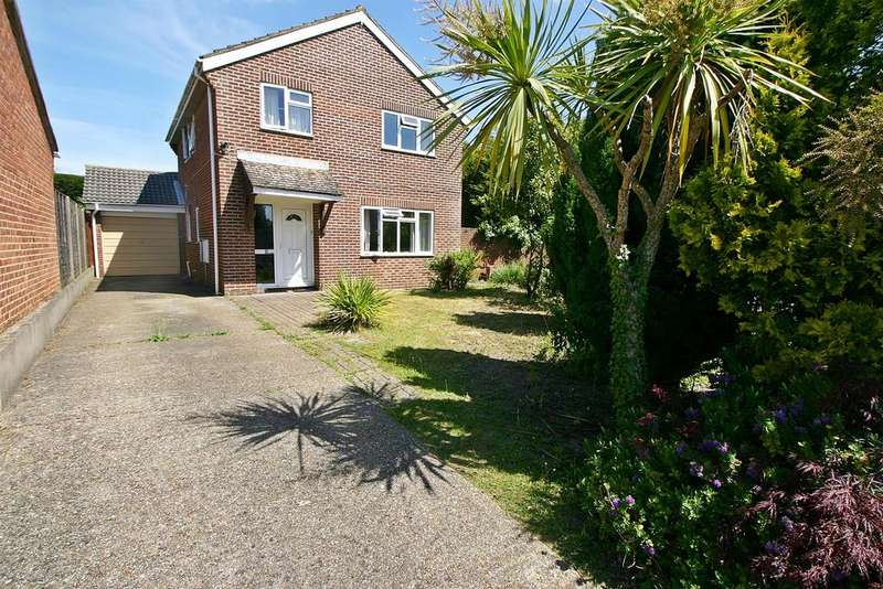 4 Bedrooms Detached House for sale in Mariners Close, Hamble, Southampton, SO31 4PD
