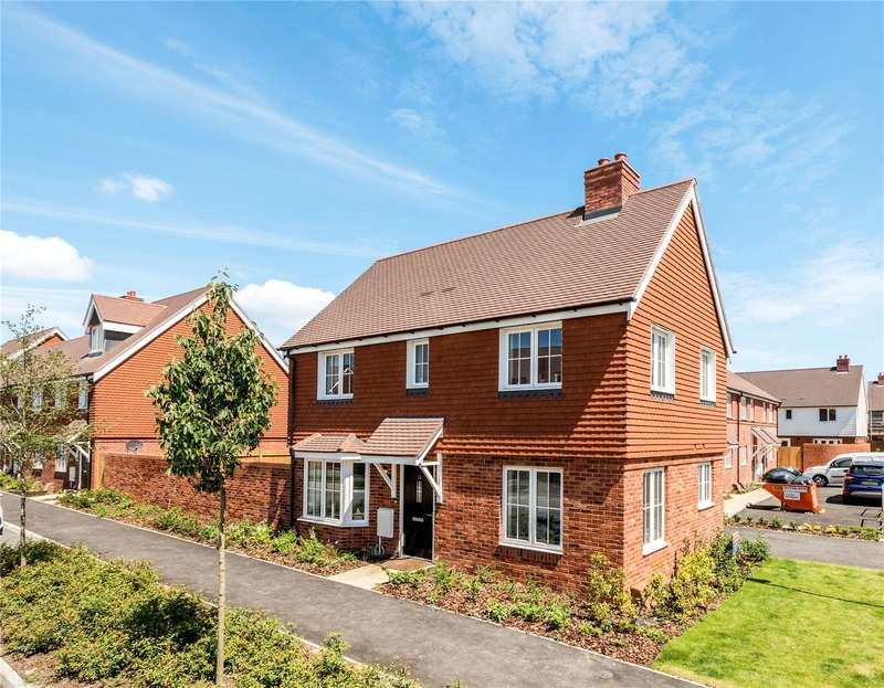 3 Bedrooms Detached House for sale in Westvale Road, Horley, Surrey, RH6