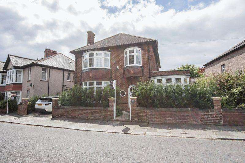 3 Bedrooms Detached House for sale in Rose House, Roseworth Crescent,Gosforth