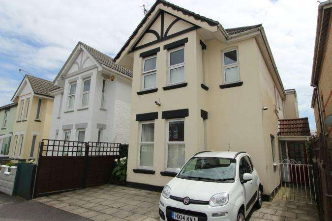 5 Bedrooms Detached House for sale in Parkwood Road , Southbourne