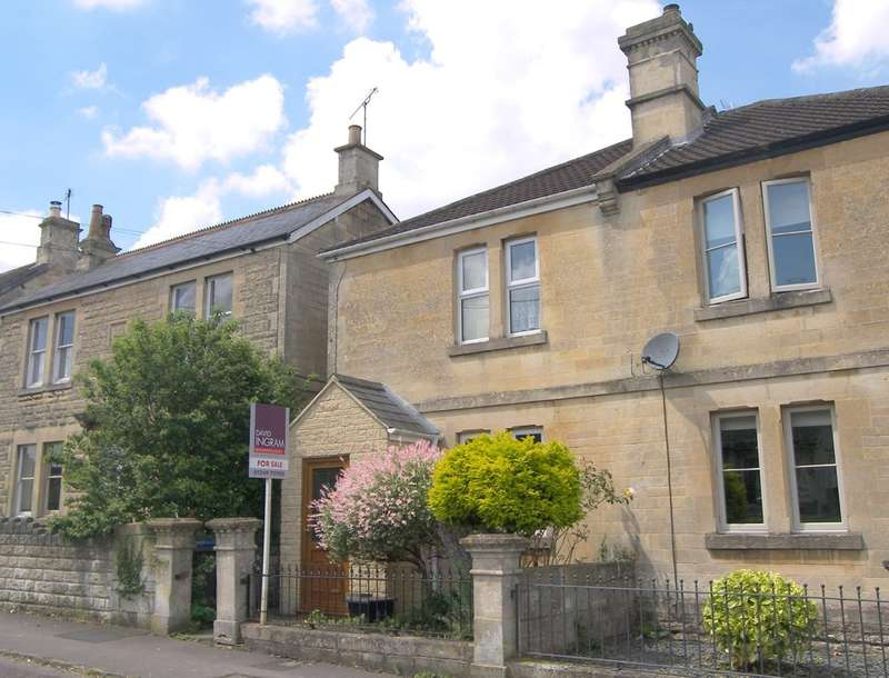 3 Bedrooms Semi Detached House for sale in Lypiatt Road, Corsham