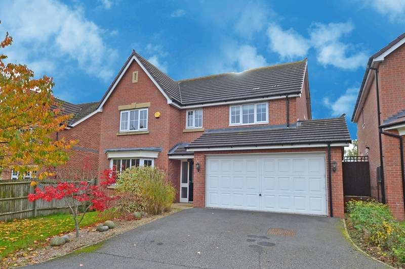 4 Bedrooms Detached House for sale in Rubery Lane, Rubery, Birmingham