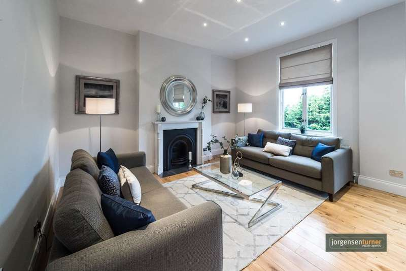 3 Bedrooms Flat for sale in Cavendish Road, Kilburn, London, NW6 7XP