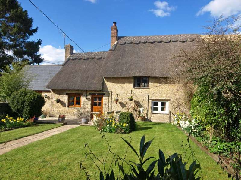 3 Bedrooms Cottage House for sale in New Row, Bucknell