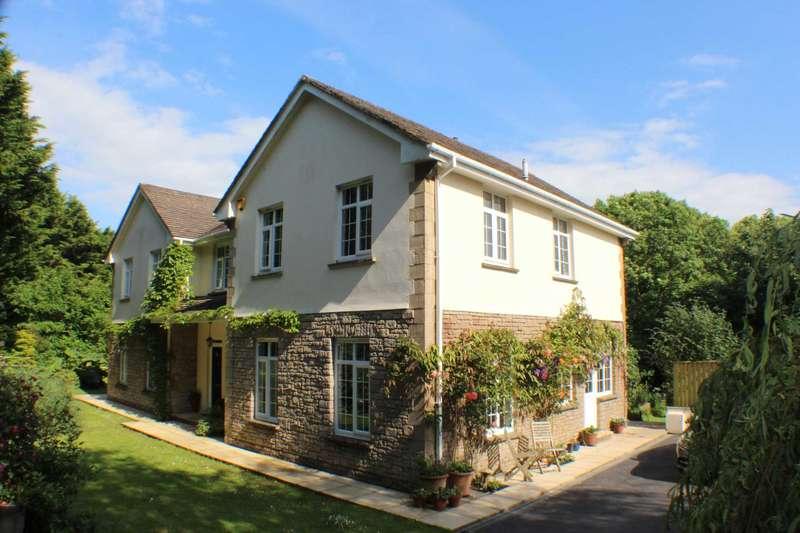 4 Bedrooms Detached House for sale in Catshole Lane, Bideford