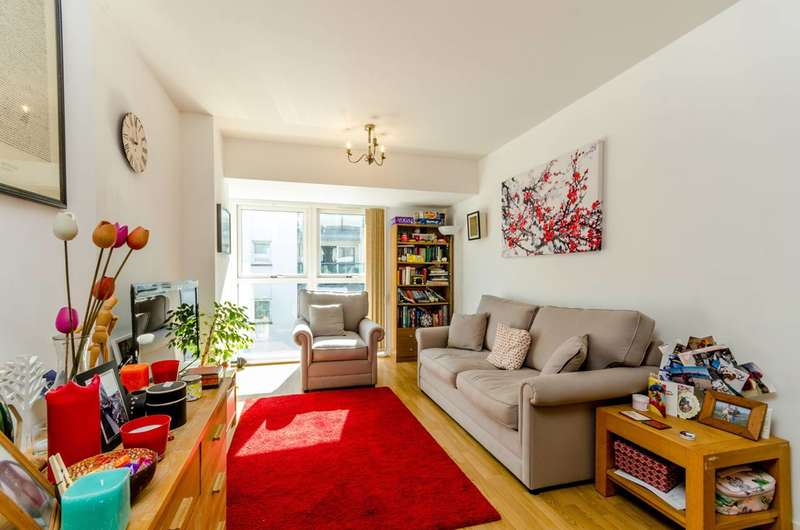 1 Bedroom Flat for sale in Point Pleasant, Wandsworth, SW18