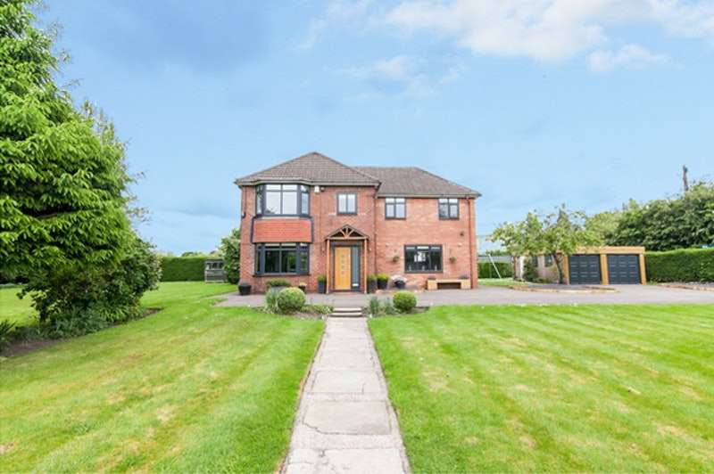 4 Bedrooms Detached House for sale in Woodcote Road, Altrincham, Greater Manchester, WA14