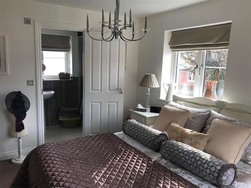 3 Bedrooms Detached House for sale in Grebe Way, Hayle Park, Maidstone, Kent