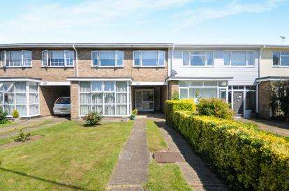 4 Bedrooms Terraced House for sale in Rochford, Essex