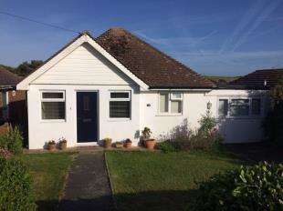 2 Bedrooms Bungalow for sale in Northwood Avenue, Saltdean, Brighton, East Sussex