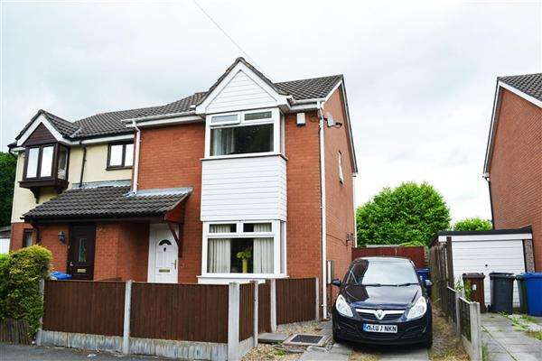 3 Bedrooms Semi Detached House for sale in Mitchell St, Leigh