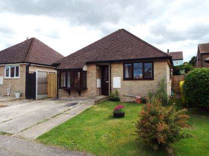 2 Bedrooms Bungalow for sale in Earls Colne, Colchester, Essex