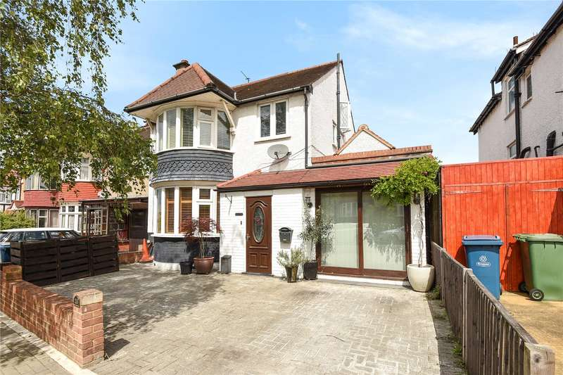 4 Bedrooms House for sale in Kings Way, Harrow, Middlesex, HA1
