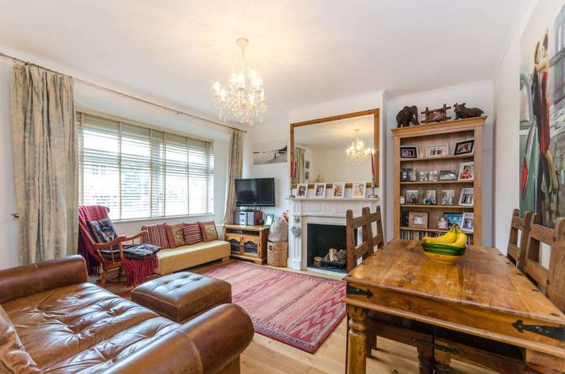 1 Bedroom Flat for sale in Oakleigh Crescent, Whetstone, N20
