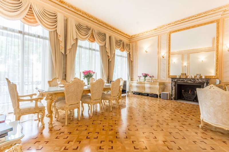 3 Bedrooms Flat for sale in Hyde Park Square, Hyde Park Estate, W2