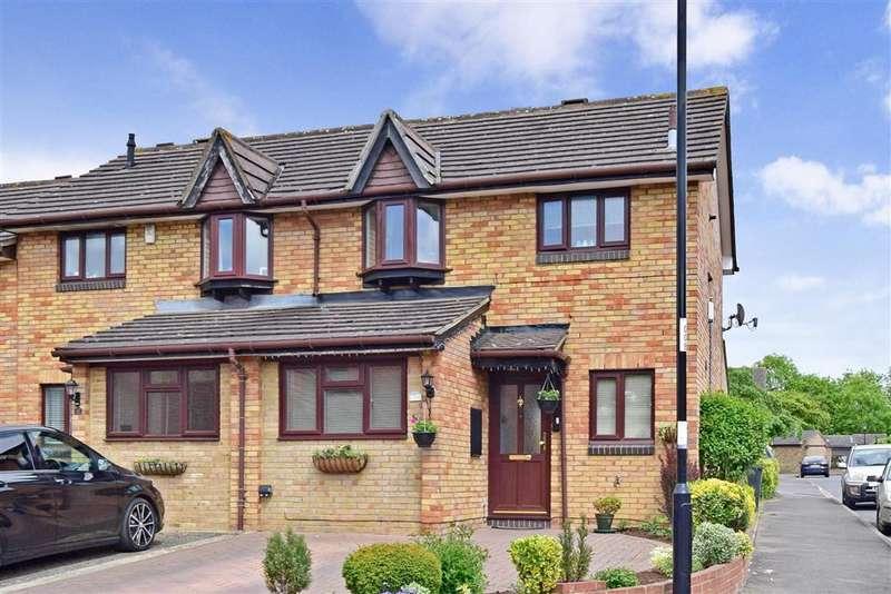 3 Bedrooms End Of Terrace House for sale in Cornflower Lane, Shirley Oaks Village, Croydon, Surrey