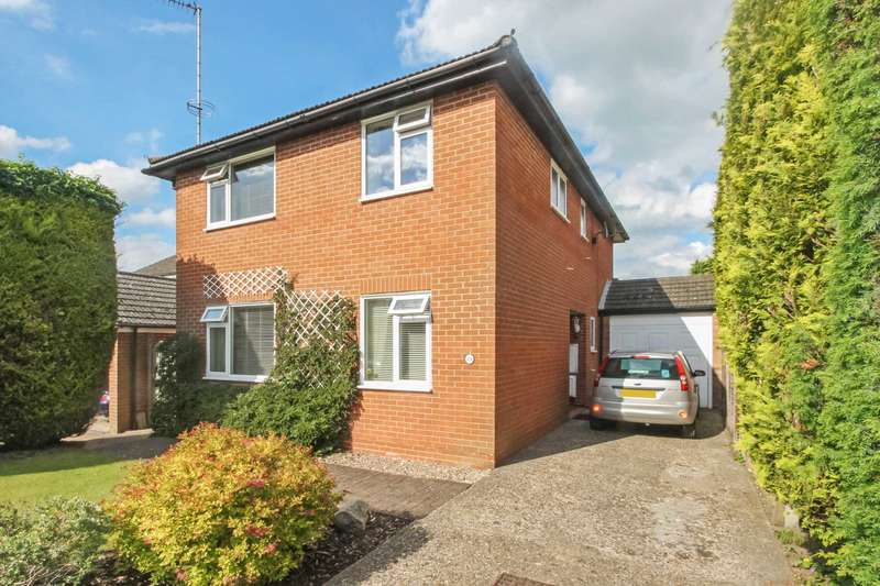 4 Bedrooms Detached House for sale in Clarkes Spring, Tring