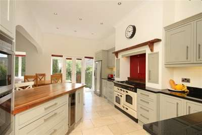 5 Bedrooms House for rent in Totley Hall Croft, Totley, Sheffield