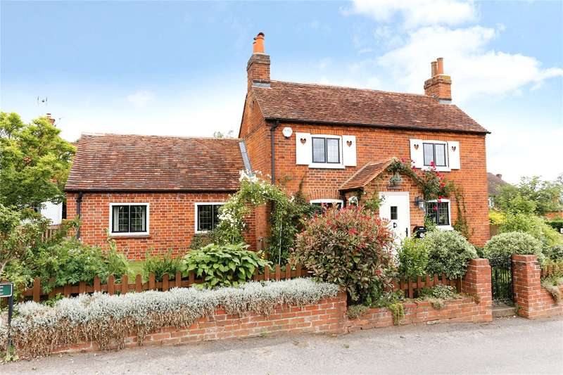4 Bedrooms Detached House for sale in Popes Lane, Cookham Dean, Maidenhead, Berkshire, SL6